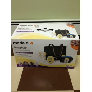 Medela Freestyle Hand's Free Breast Pump