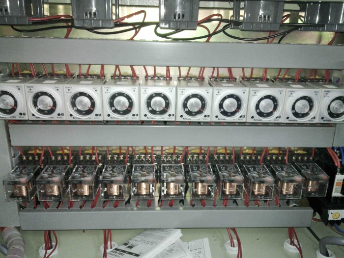 10zone vaccum leak tester panel1