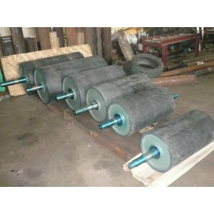 Drum Roller With Wrapping Rubber